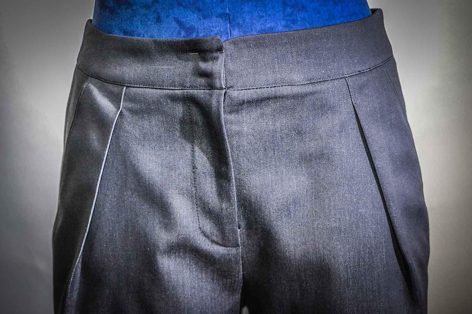 Prototipo di un pantalone da donna